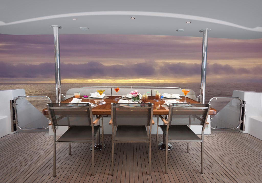 001-aft-deck-dining